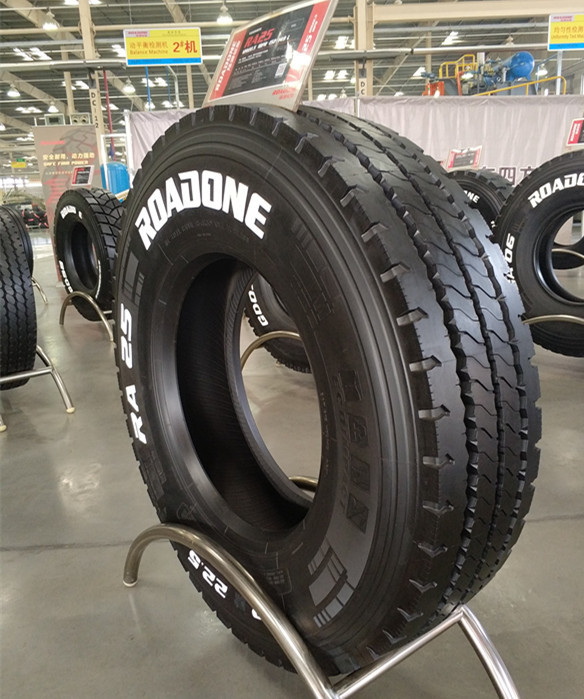 8.25-20 inch heavy duty long distance onyx roadone jinyu radial truck tire 11r22.5 11r24.5 thailand not used tire in paraguay