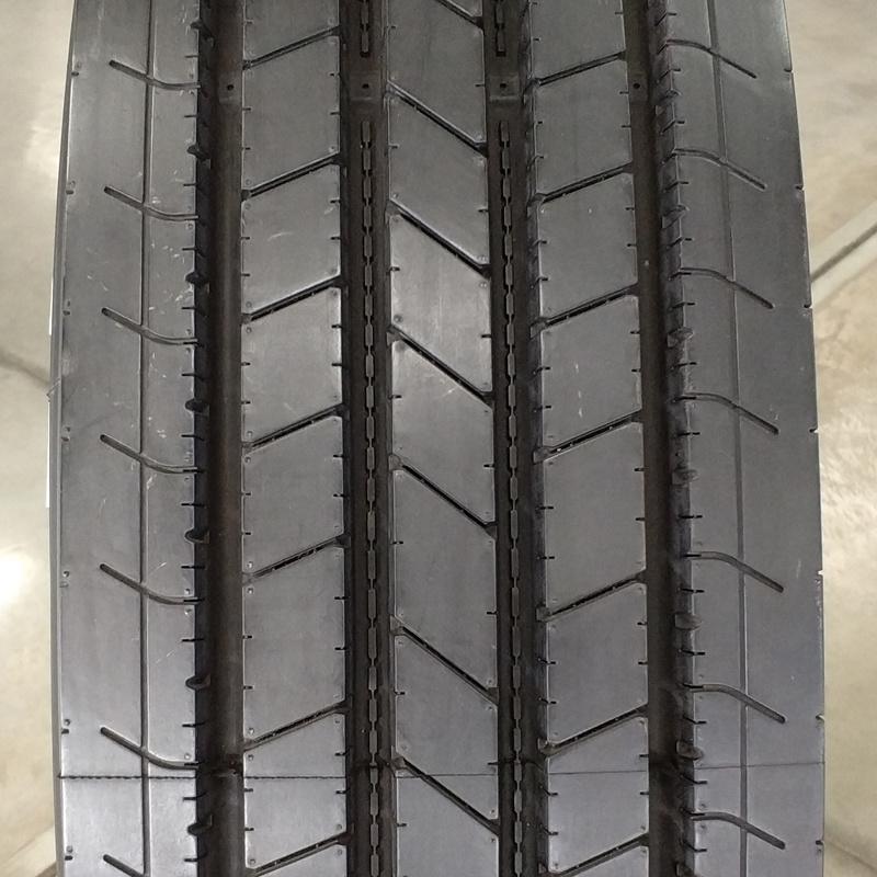 Wholesale Semi Truck Tires 12r22.5, 295/80r22.5, 315/80r22.5