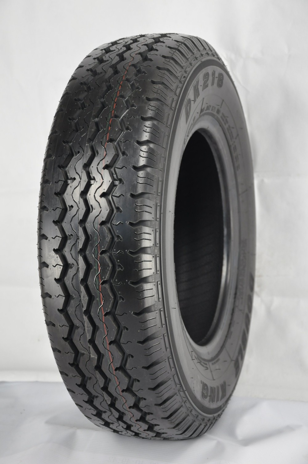 Semi-Steel Radial Car Tyres with Famous Brand